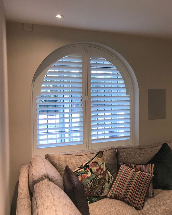 2 panel arched window shutters in white