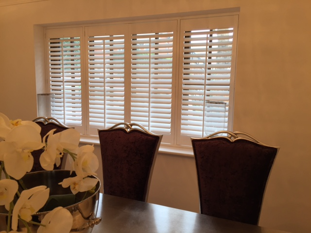 Dinning room wooden shutters 4